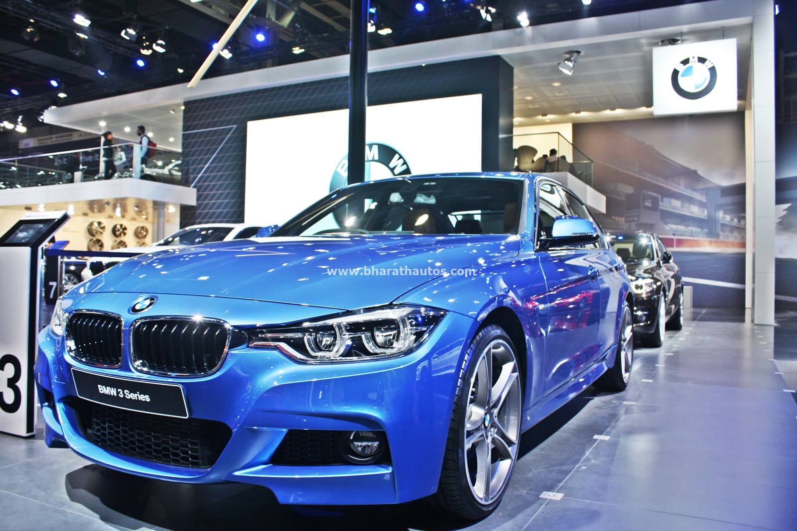 bmw 3 series facelift makes indian debut from 2016 auto expo. Black Bedroom Furniture Sets. Home Design Ideas