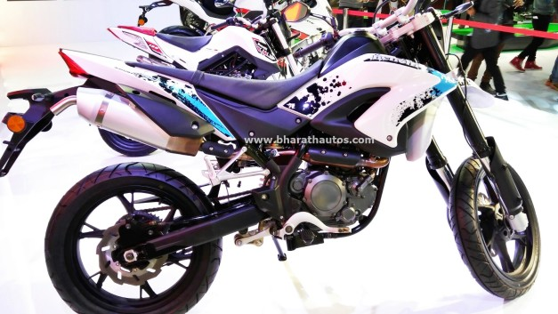dsk-benelli-bx-250-2016-auto-expo-india-pictures-photos-images-snaps