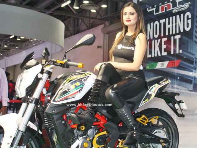 dsk-benelli-tnt-25-2016-auto-expo-india-pictures-photos-images-snaps
