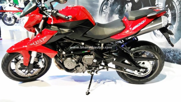 dsk-benelli-tnt-600i-2016-auto-expo-india-pictures-photos-images-snaps
