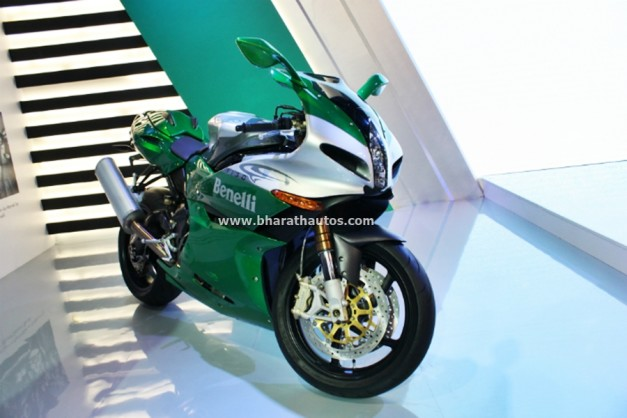 dsk-benelli-tornado-tre-1130-auto-expo-2016-india-pictures-photos-images-snaps