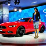 ford-mustang-gt-india-front-three-quarter-pictures-photos-images-snaps-2016-auto-expo