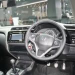 honda-city-black-interior-sports-kit-accessories-pictures-photos-images-snaps-2016-auto-expo-cockpit