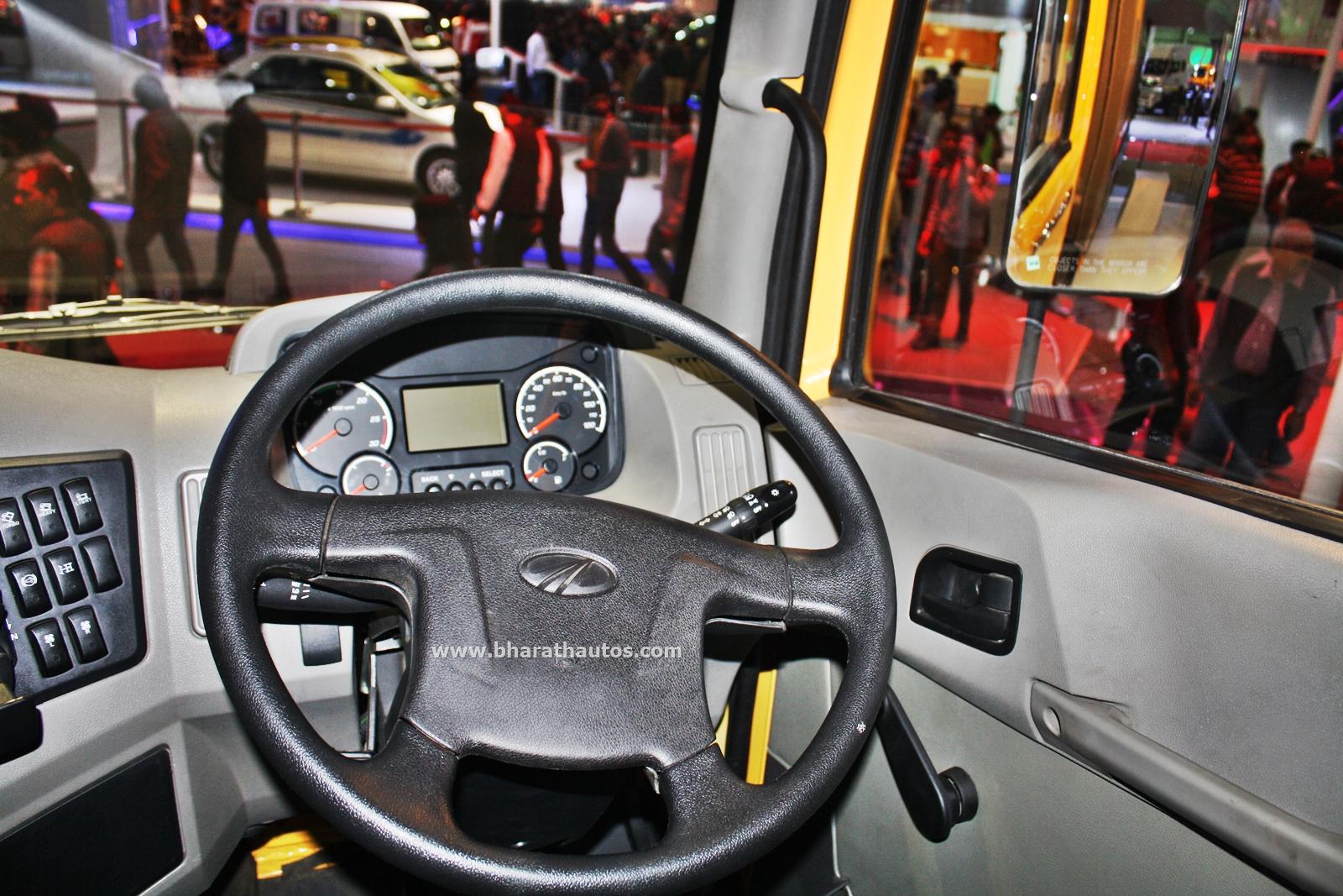 Mahindra Blazo Series And Loadking Optimo Tipper At 2016