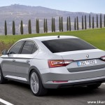 new-2016-skoda-superb-india-rear-pictures-photos-images-snaps
