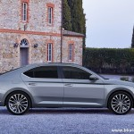 new-2016-skoda-superb-india-side-pictures-photos-images-snaps