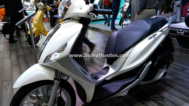 piaggio-medley-125-abs-2016-auto-expo-india-pictures-photos-images-snaps