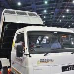 sml-5252-xm-waste-handling-tipper-front-2016-auto-expo-pictures-photos-images-snaps