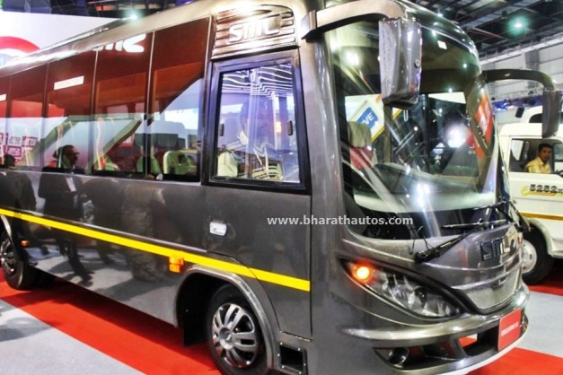 sml-executive-lx-bus-2016-auto-expo-pictures-photos-images-snaps
