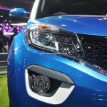 tata-nexon-compact-suv-pictures-photos-images-snaps-2016-auto-expo-head-lamp