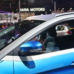 tata-nexon-compact-suv-pictures-photos-images-snaps-2016-auto-expo-ovrm-mirror