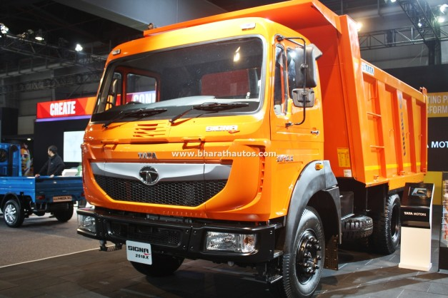 tata-signa-2518.k-2016-auto-expo-pictures-photos-images-snaps