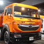 tata-signa-3118.t-2016-auto-expo-pictures-photos-images-snaps