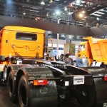 tata-signa-4923.s-india-pictures-photos-images-snaps-2016-auto-expo-rear