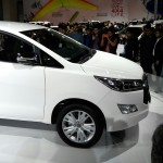 toyota-innova-crysta-pictures-photos-images-snaps-2016-auto-expo-008