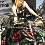 babes-queens-ladies-hot-pretty-anchor-girls-models-2016-auto-expo-pictures-photos-images-snaps-064