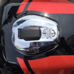 bajaj-v15-motorcycle-pictures-photos-images-snaps-fuel-tank