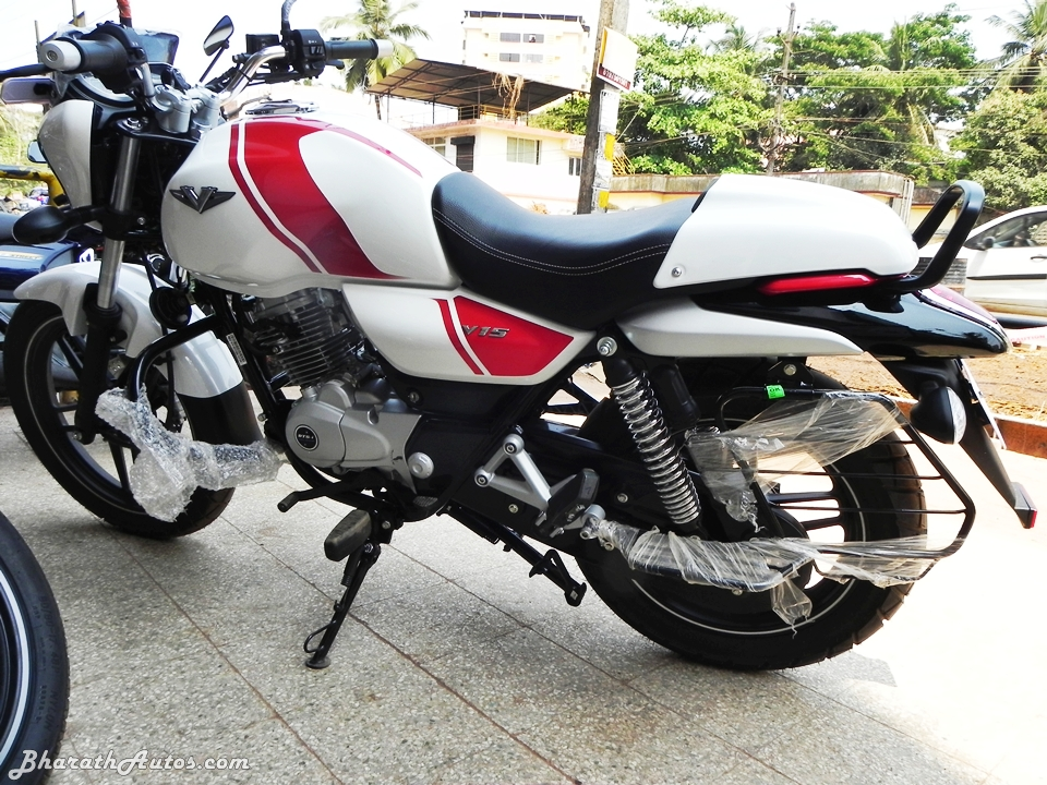 Bajaj V15 The Invincible Motorcycle Detailed Review And Picture Gallery