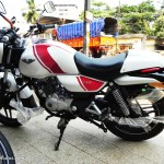 bajaj-v15-the-invincible-ergonomic-handlebar-pictures-photos-images-snaps