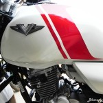 bajaj-v15-the-invincible-fuel-tank-pictures-photos-images-snaps