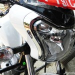 bajaj-v15-the-invincible-head-light-pictures-photos-images-snaps