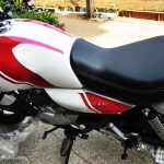 bajaj-v15-the-invincible-premium-textured-seats-pictures-photos-images-snaps