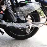bajaj-v15-the-invincible-rear-wide-tyres-pictures-photos-images-snaps