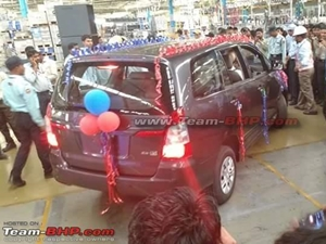 current-gen-toyota-innova-discontinued-in-india-new-model-for-may-2016