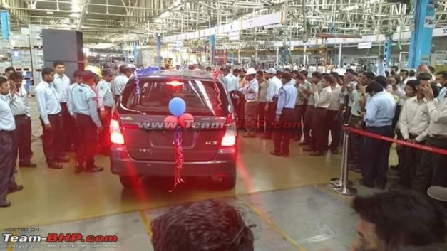 current-gen-toyota-innova-stopped-in-india