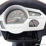 mahindra-gusto-125-instrument-cluster-pictures-photos-images-snaps