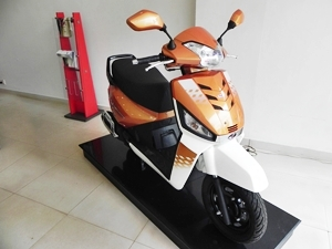 mahindra-gusto-125-launched-details-pictures-price