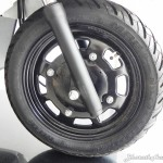 mahindra-gusto-125-steel-wheels-pictures-photos-images-snaps