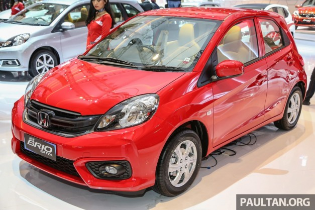 2016-honda-brio-facelift-exterior-outside-india-pictures-photos-images-snaps