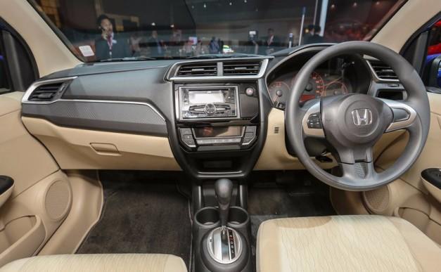 2016-honda-brio-facelift-interior-inside-india-pictures-photos-images-snaps