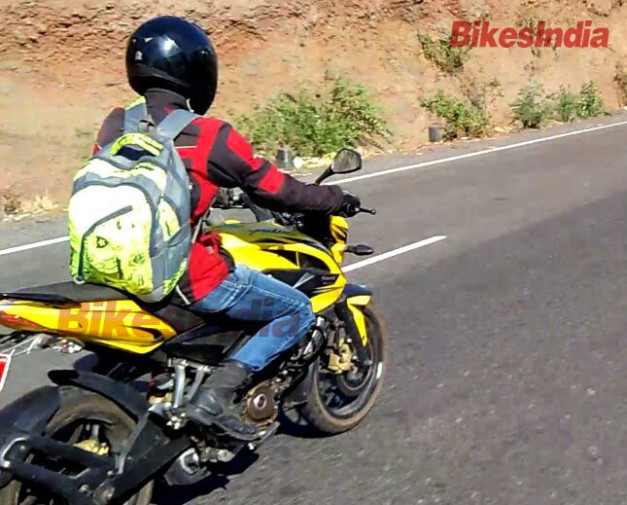 bajaj-pulsar-200ns-abs-spied-testing-pictures-photos-images-snaps-001
