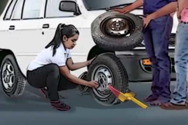 drunk-ladies-girls-driver-fools-police-cops-filmi-style