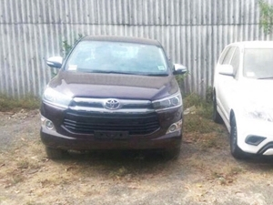 toyota-innova-crysta-spied-ahead-of-launch-on-may-03