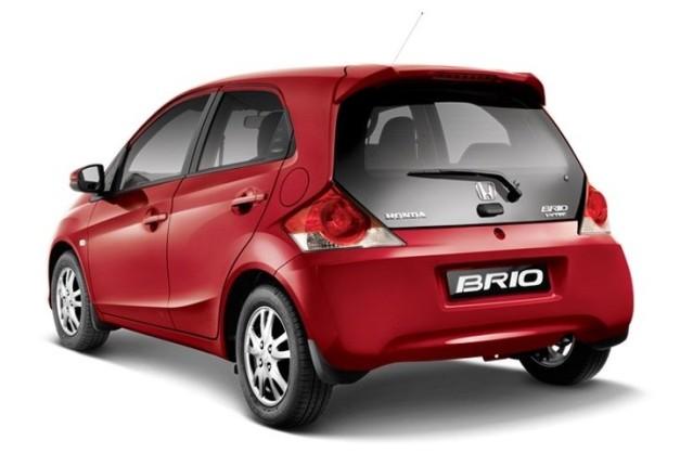 2016-honda-brio-facelift-rear-pictures-photos-images-snaps-india
