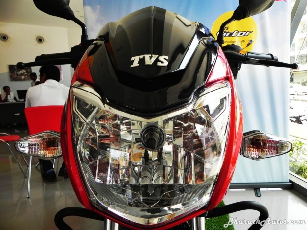 2016-tvs-victor-110cc-motorcycle-detailed-review-gallery-pictures-photos-images-snaps-60w-headlamp-led-daytime-running-lights-drls