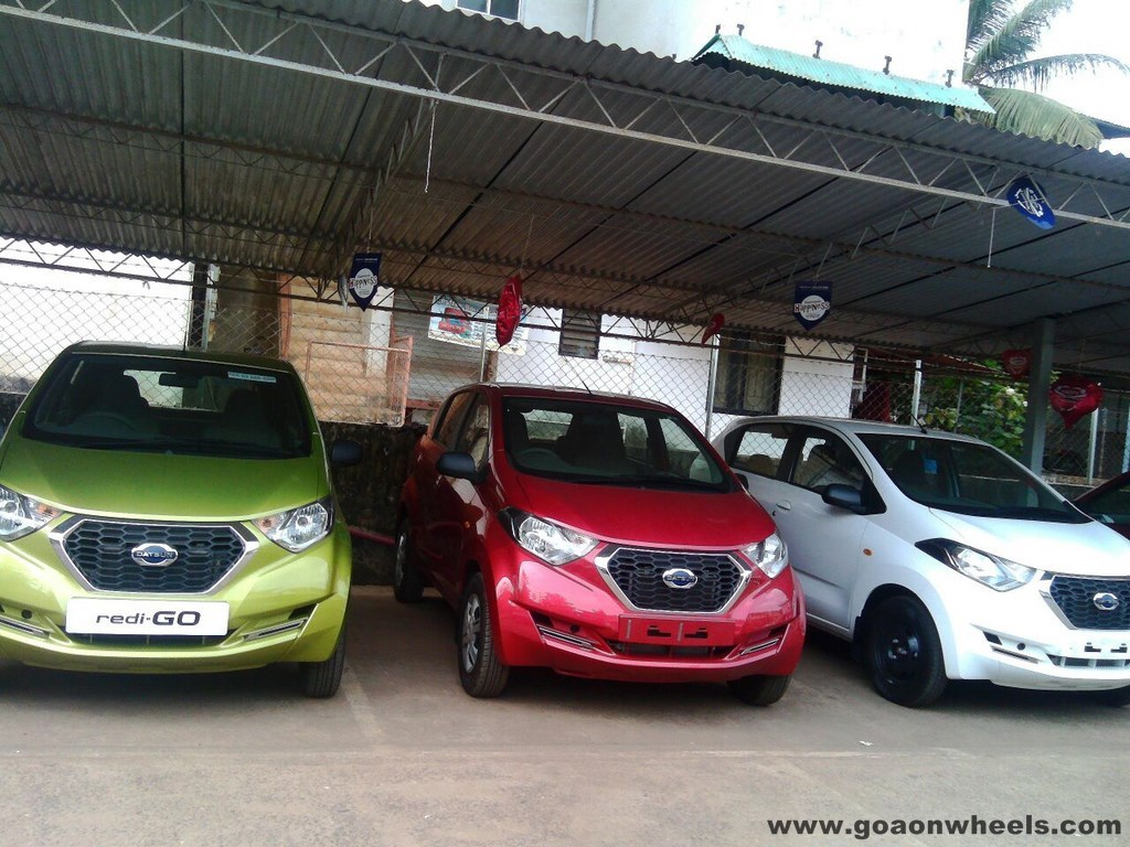 Datsun Redi-Go quietly appears in showrooms