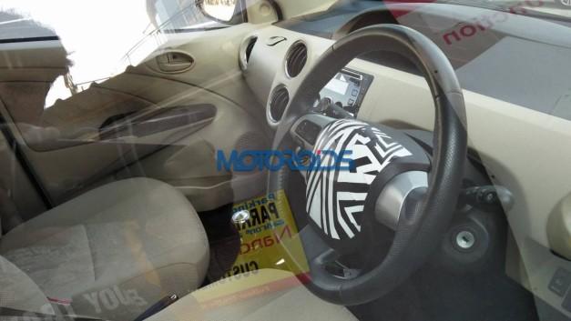 new-2016-toyota-etios-sedan-facelift-interior-inside-pictures-photos-images-snaps