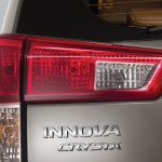 new-2016-toyota-innova-crysta-india-pictures-photos-images-snaps-007