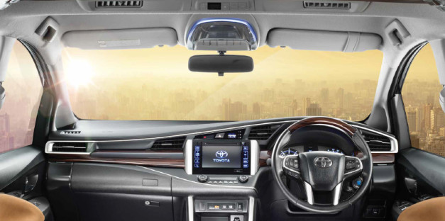 new-toyota-innova-crysta-dashboard-interior-pictures-photos-images-snaps