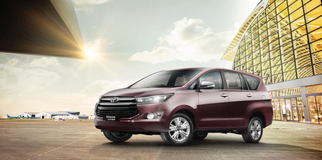 new-toyota-innova-crysta-front-pictures-photos-images-snaps