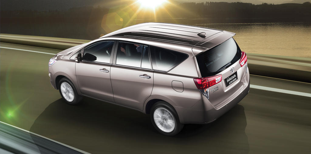 New Toyota Innova Crysta Rear Pictures Photos Images Snaps