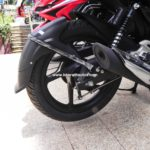 bajaj-pulsar-135-ls-cocktail-wine-red-colour-rear-mud-guard