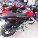 bajaj-pulsar-135-ls-cocktail-wine-red-colour-tyre-hugger