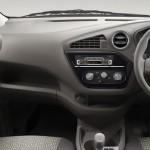 datsun-redigo-dashboard-inside-pictures-photos-images-snaps