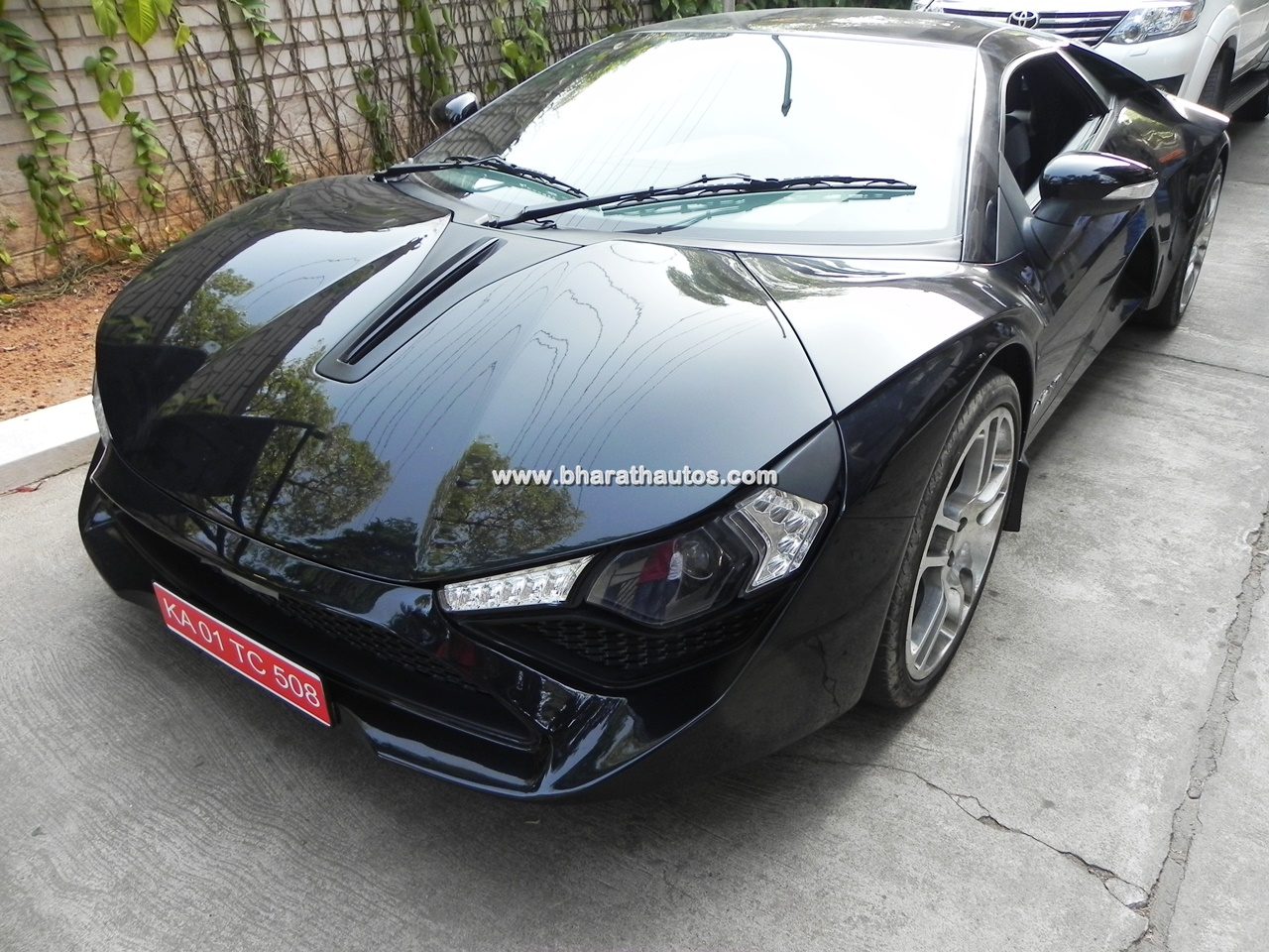 Dc Avanti Detailed Review And Throwback Picture Gallery