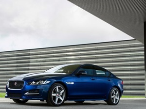 jaguar-xe-prestige-mid-variant-launched-in-india